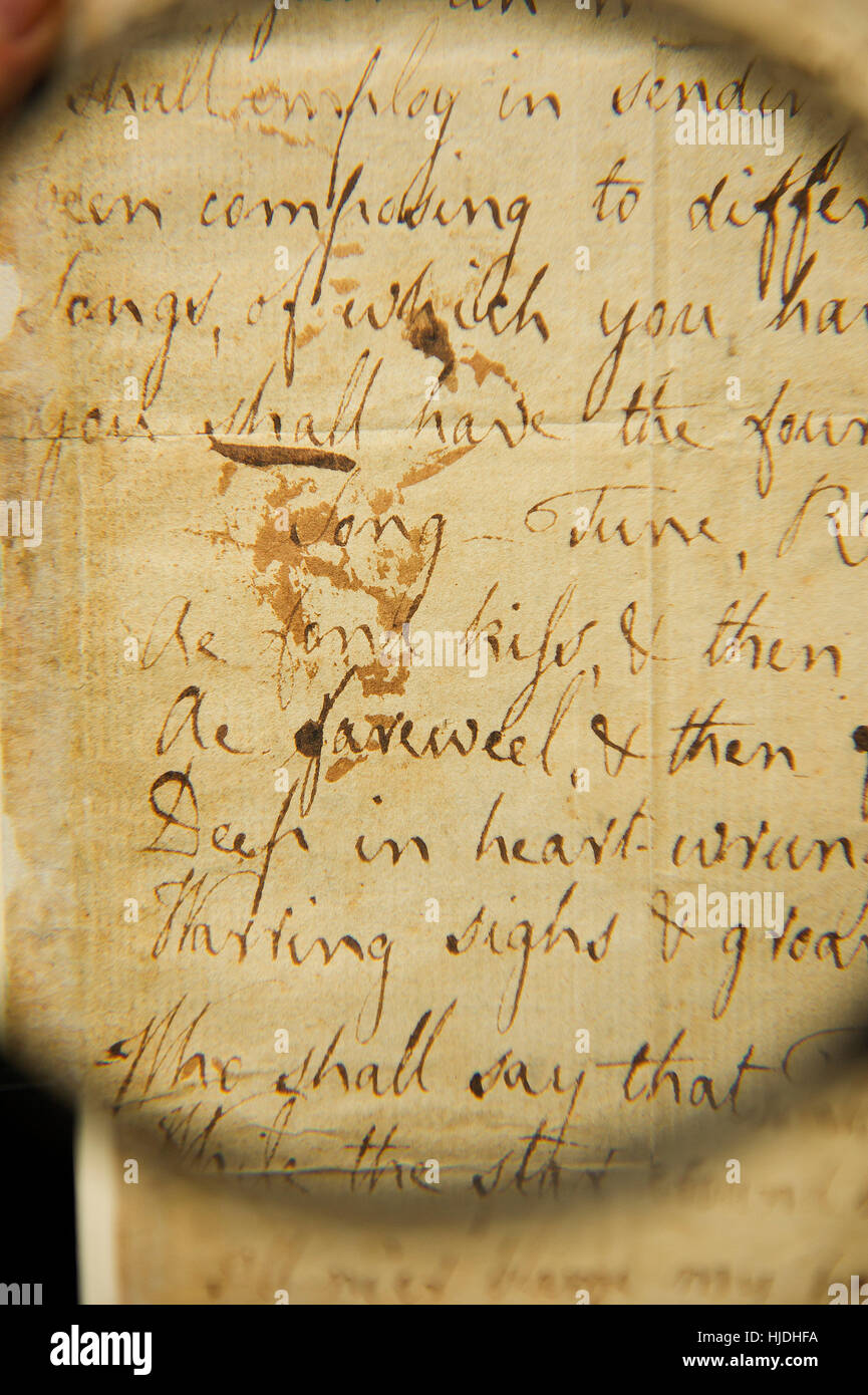 Glasgow, Scotland, UK. 25th January 2017. The fragile original manuscript of one of Robert Burns' most famous love - Stock Image