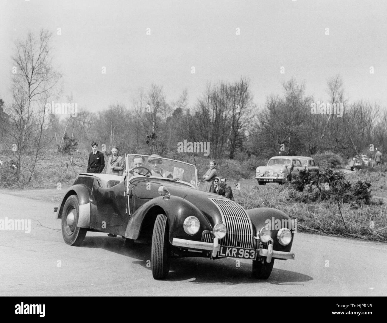 Allard L type  London Motor Club Little Rally 18 March 1953 - Stock Image