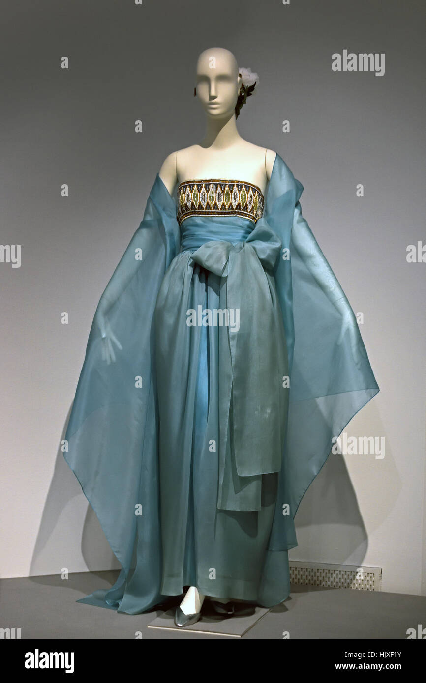 Hubert de Givenchy ( Couturier ) France clothes of Audrey Hepburn ( Movie Star ) United Kingdom - Stock Image