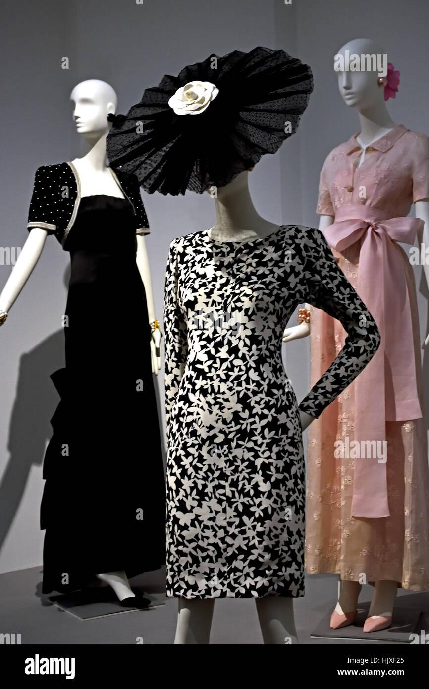 Hubert de Givenchy ( Couturier ) France left Evening Ensemble of Audrey Hepburn 1987  ( Movie Star ) United Kingdom - Stock Image