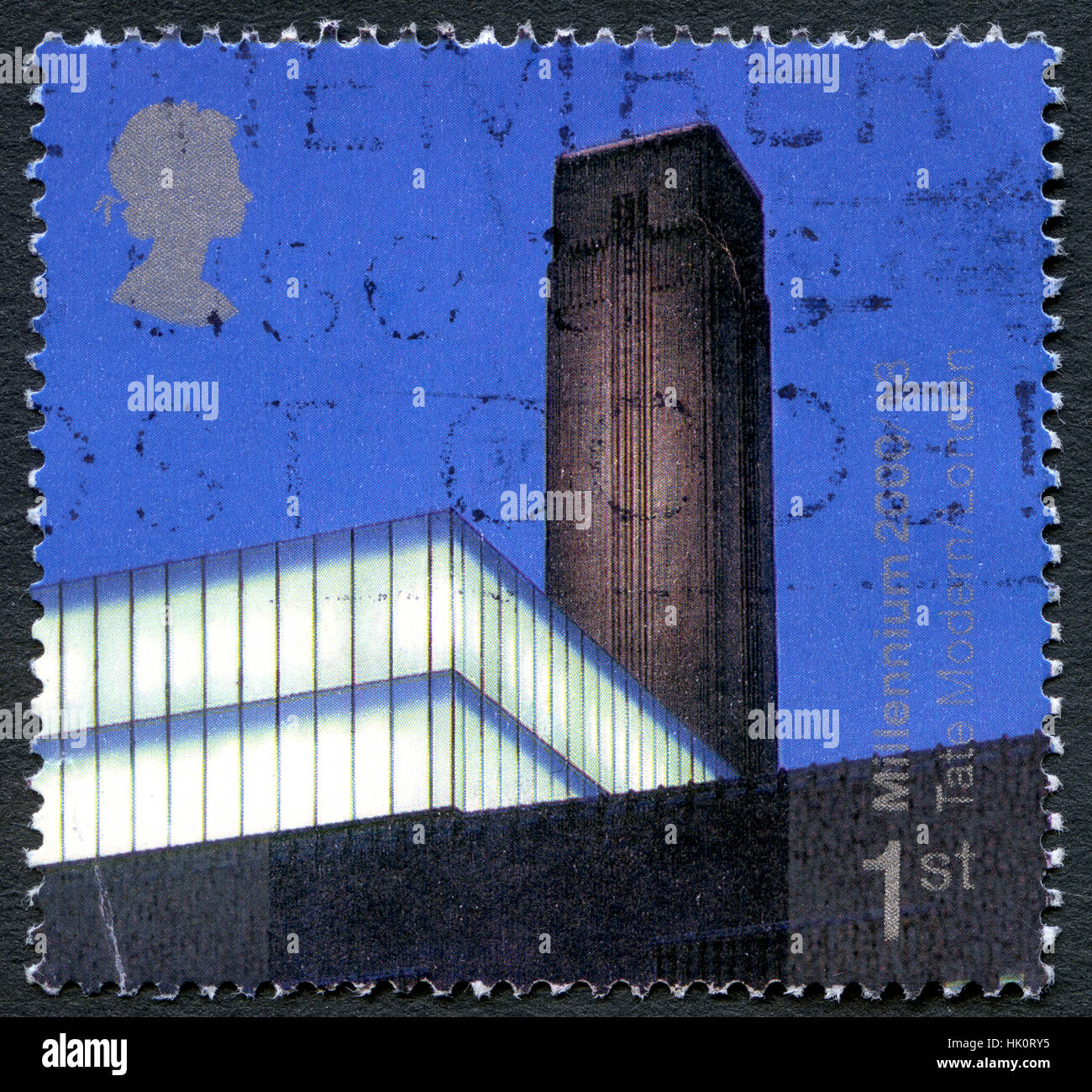 UK- CIRCA 2000: A used UK postage stamp, depicting an image of the exterior of the magnificent Tate Modern gallery - Stock Image