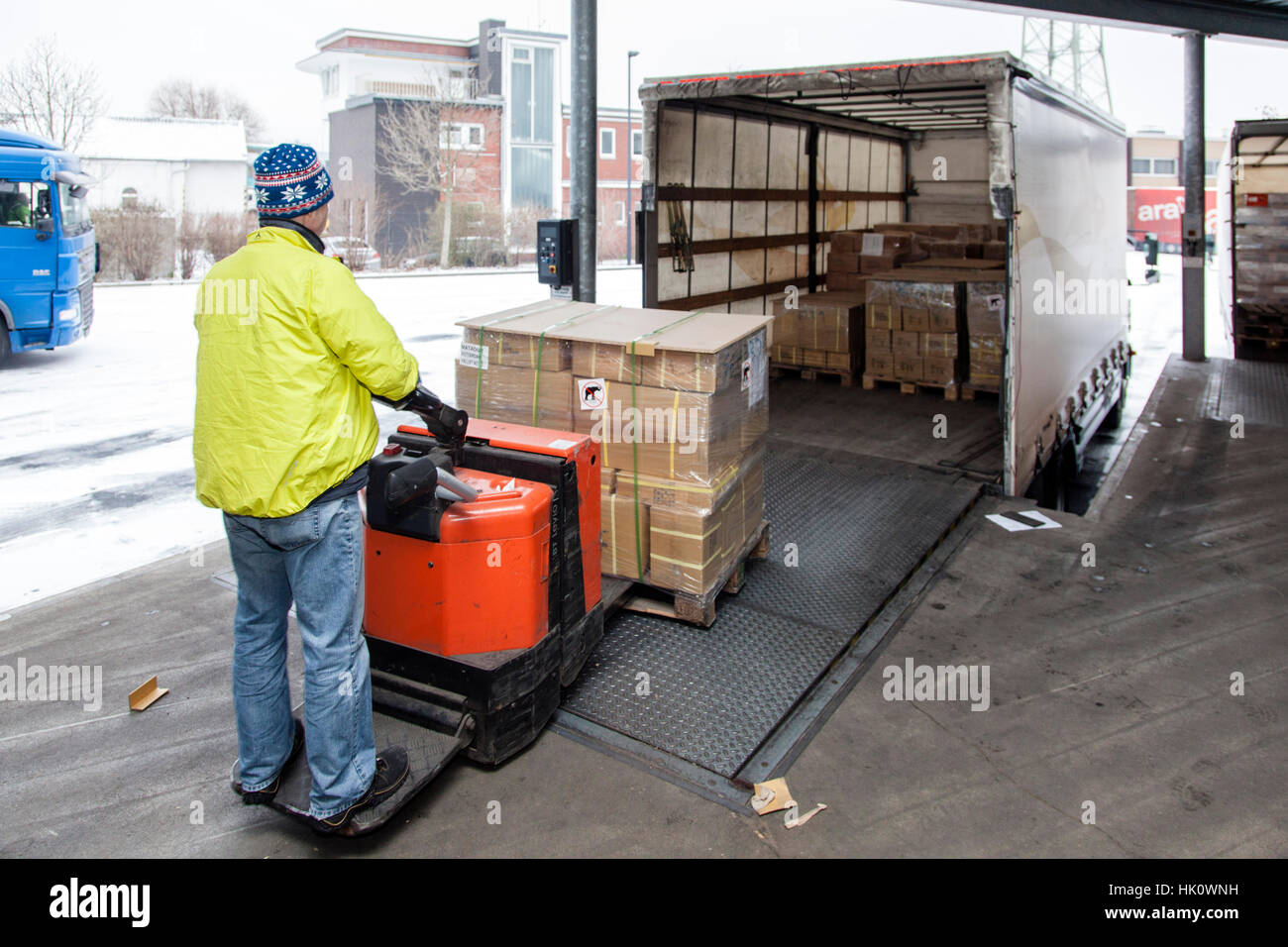 Loading a truck on the ramp - Stock Image