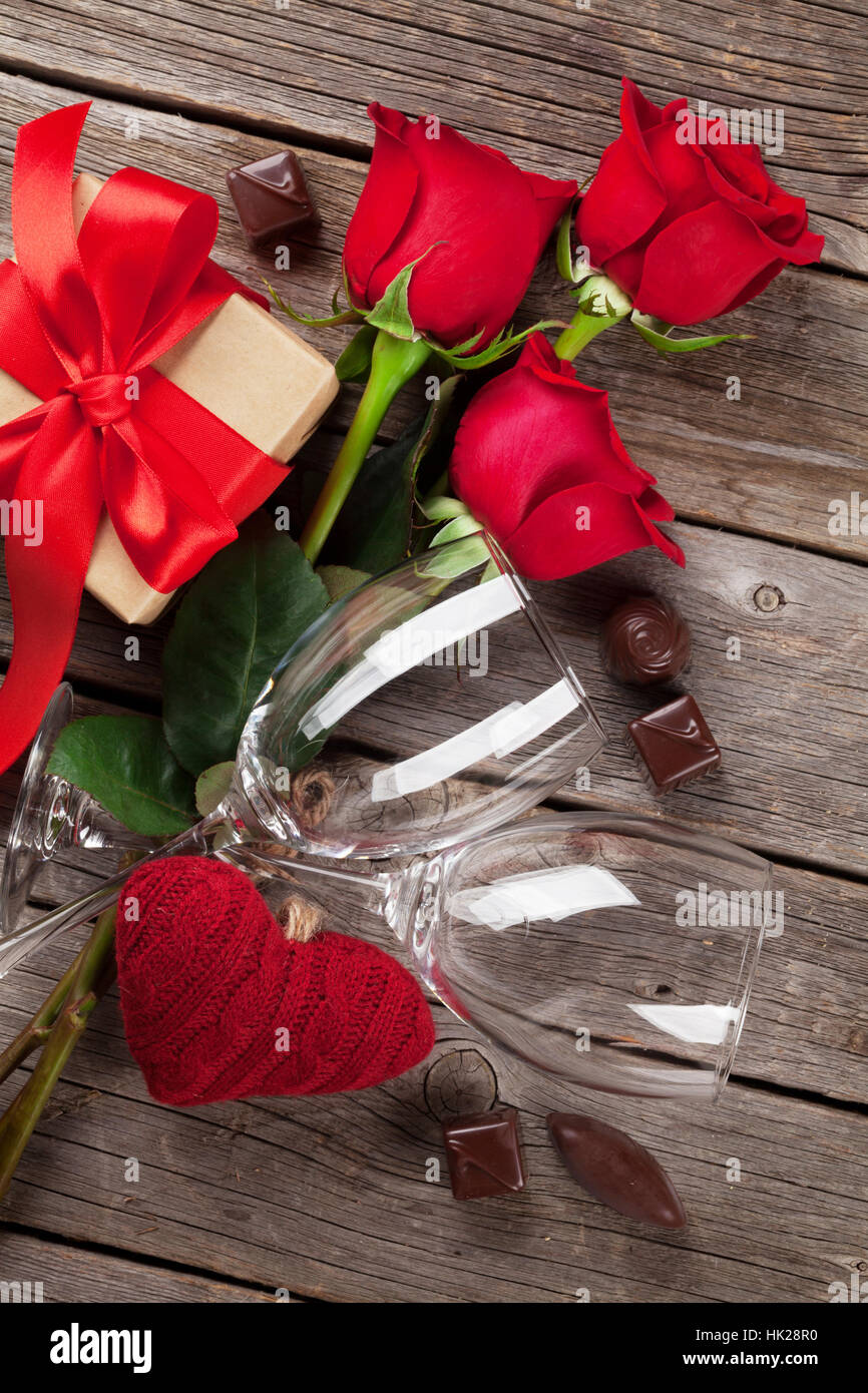 Valentines Day Greeting Card Red Roses Heart Wine Glasses Stock