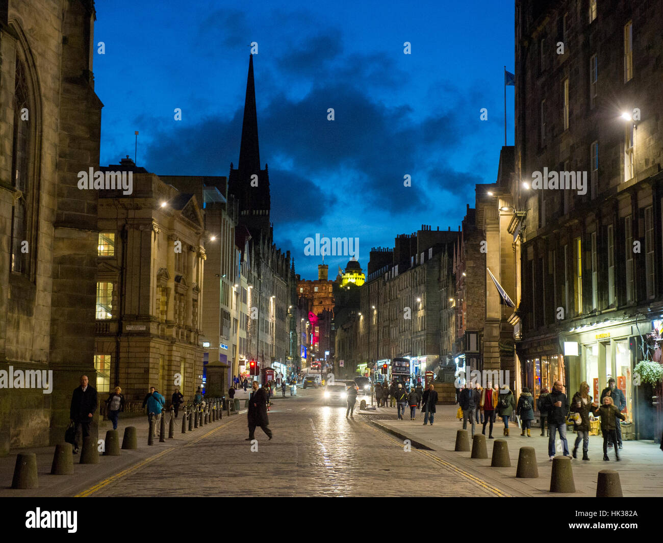 Edinburgh, Scotland - The Royal Mile/ High street in the old town of Edinburgh with unidentified people. - Stock Image