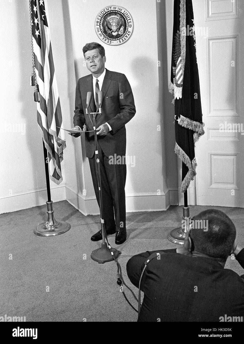 A photographer captures the moment as United States President John F. Kennedy announces the appointment of W. Willard - Stock Image