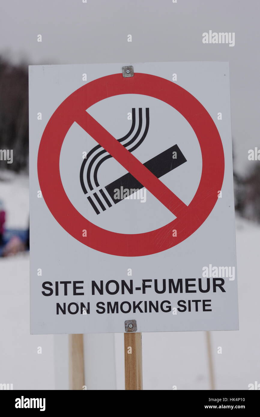 Sign for a no smoking outdoor  site - Stock Image