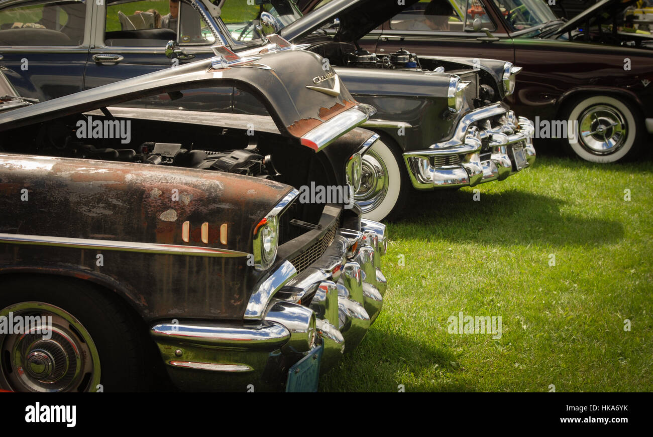 Old cars at the small town car show Stock Photo: 132376039 - Alamy