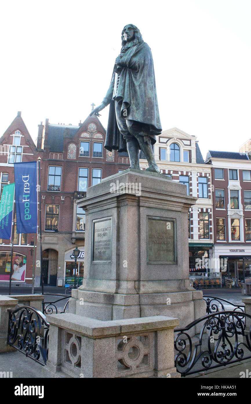 Statue of Johan de Witt, Grand Pensionary of Holland from 1653-1672. Located at Plaats square, The Hague (Den Haag), - Stock Image