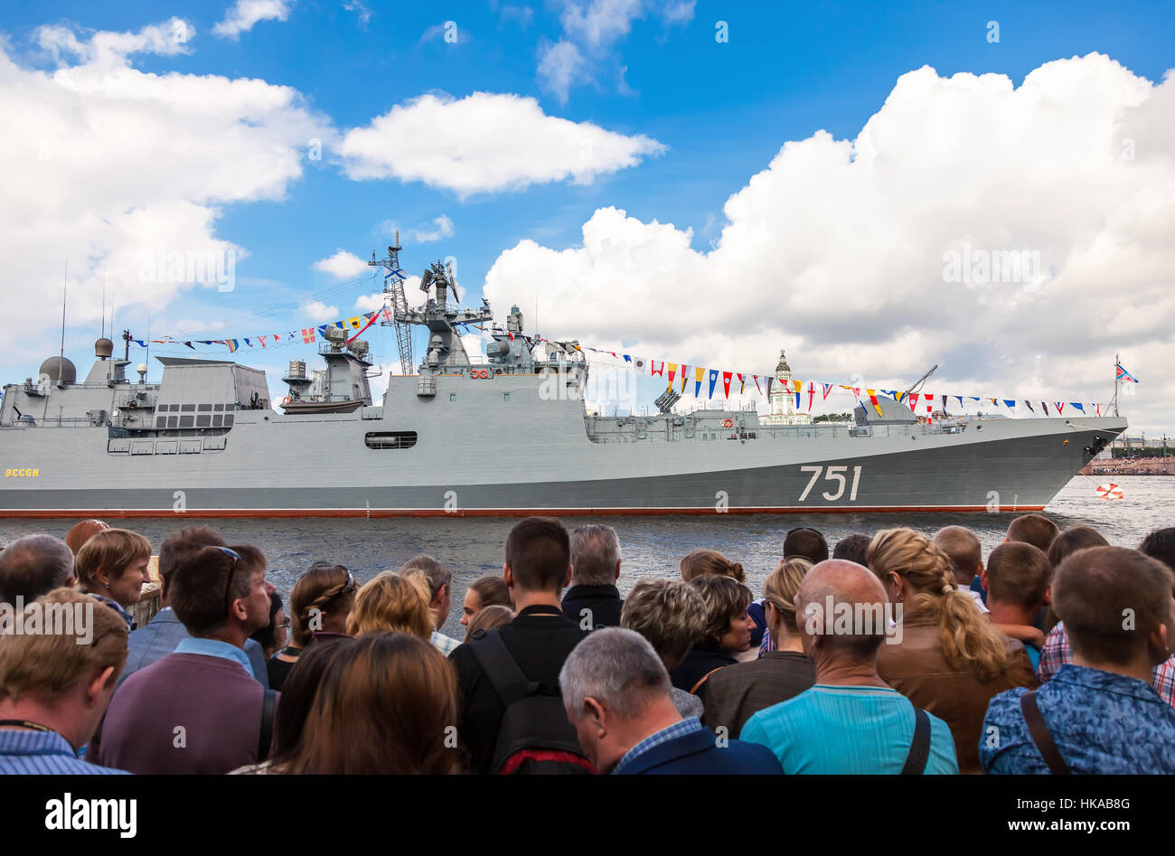Patrol ship 'Admiral Essen' on the Neva river for Navy day celebration on July 31, 2016 in St. Petersburg, - Stock Image