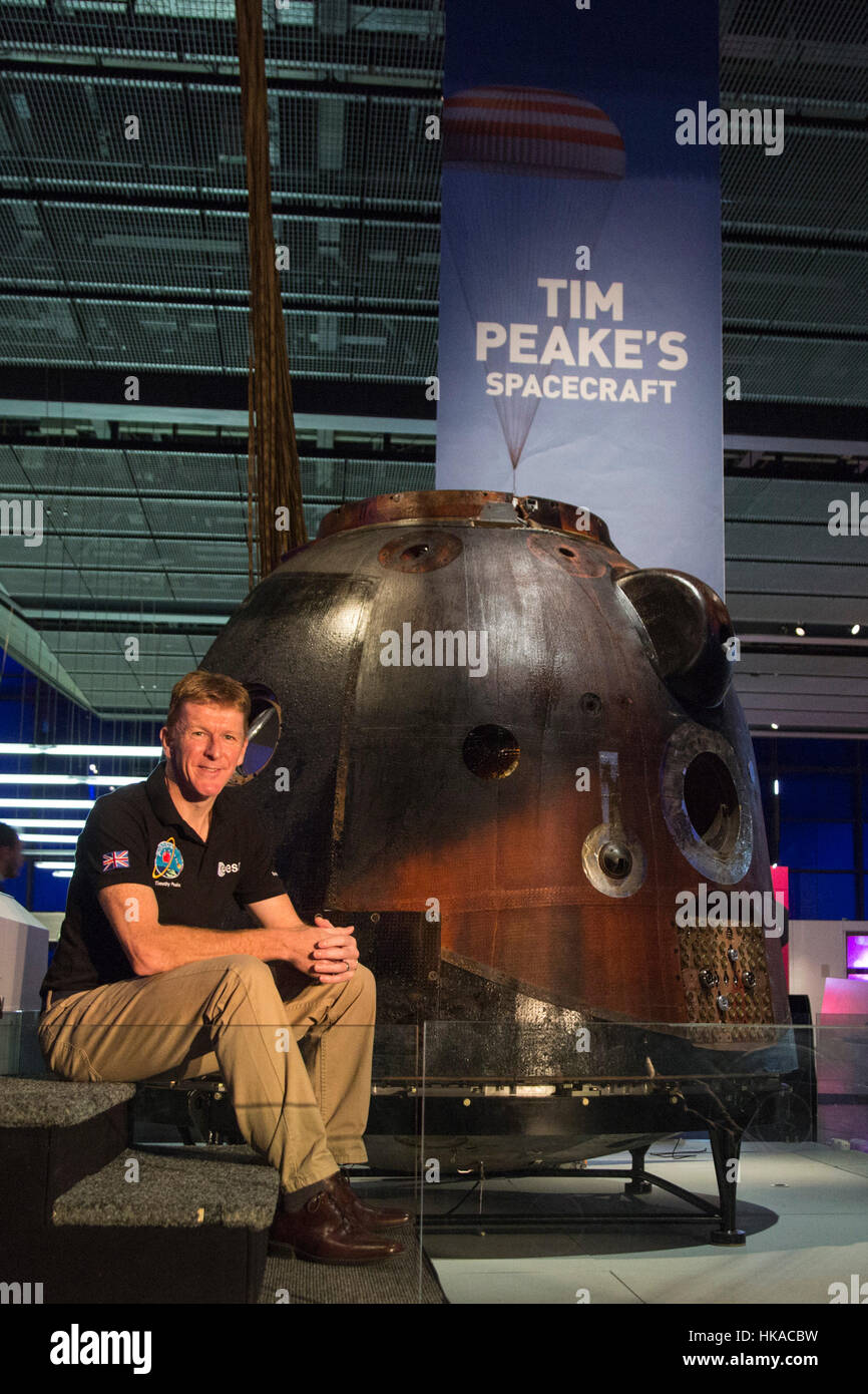 London, UK. 26 January 2017. British astronaut Tim Peake poses with the spacecraft. The Science Museum unveils the Stock Photo