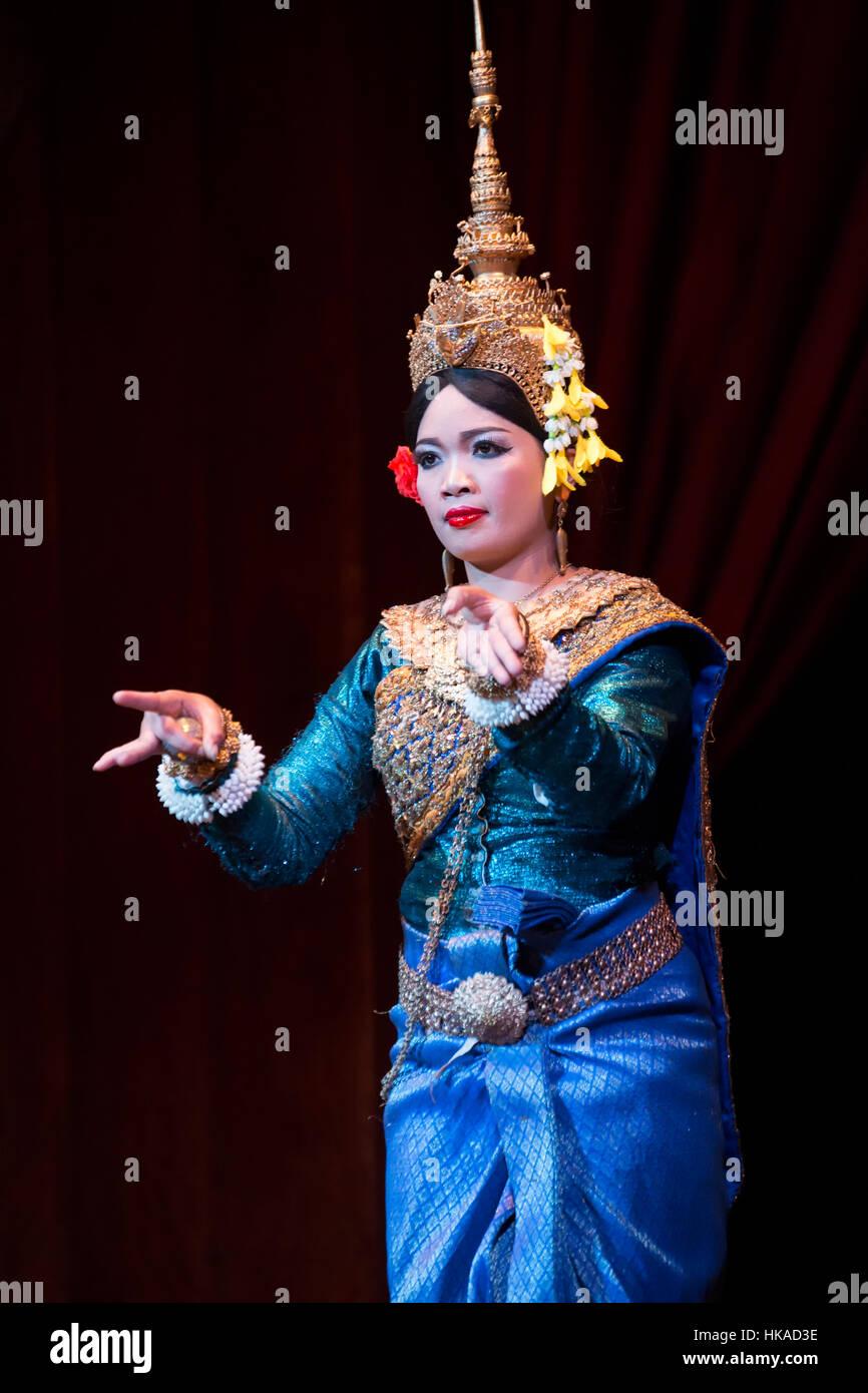 Female Apsara dancer, Siem Reap, Cambodia - Stock Image