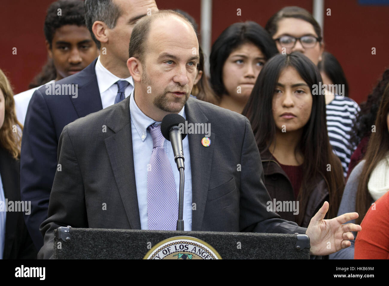 Los Angeles, CA, USA. 21st Nov, 2016. LAUSD Board President Steve Zimmer speaks alongside Los Angeles Mayor Eric - Stock Image