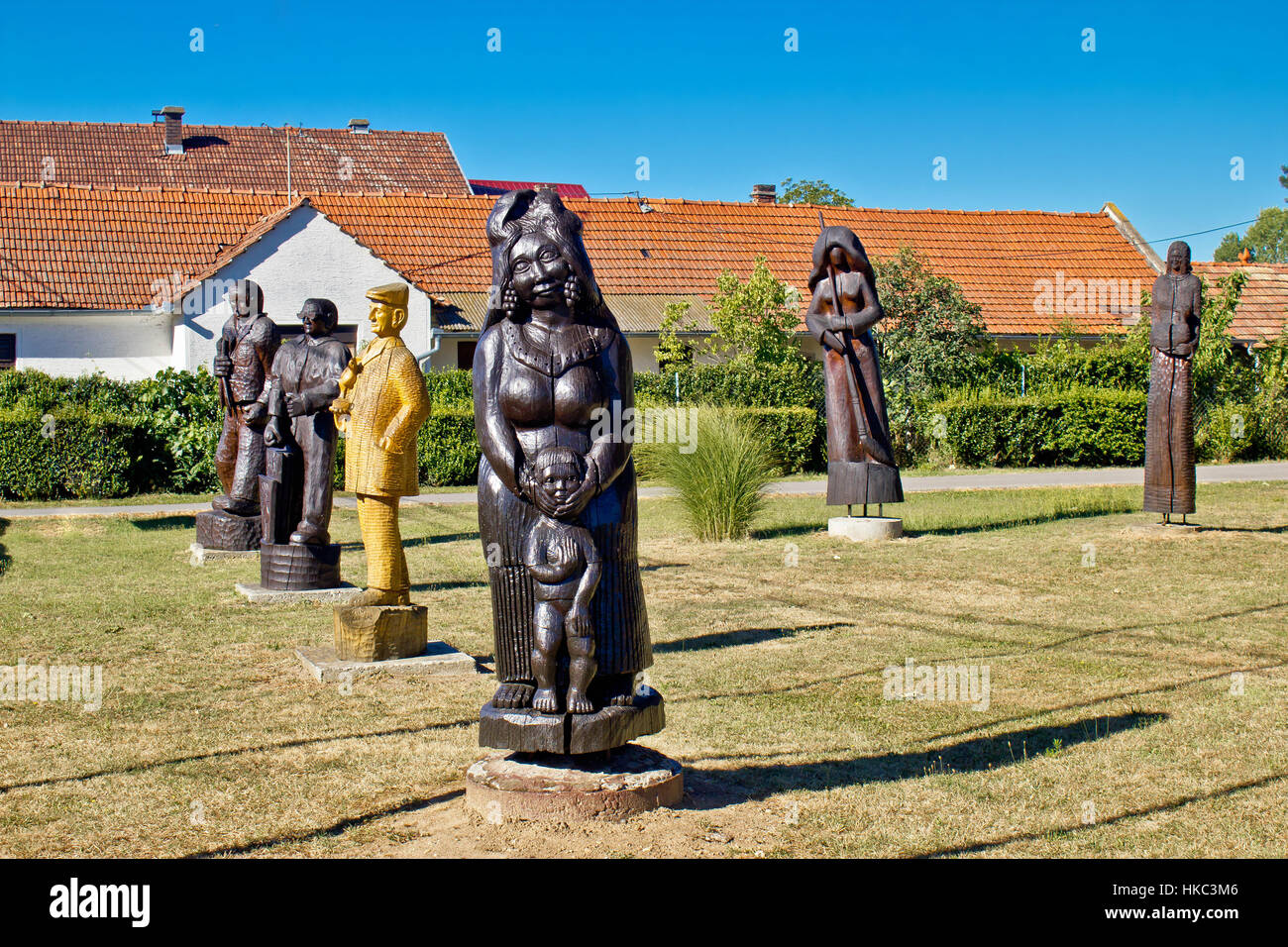 Village of Hlebine wooden statues, center of naive art in Croatia - Stock Image