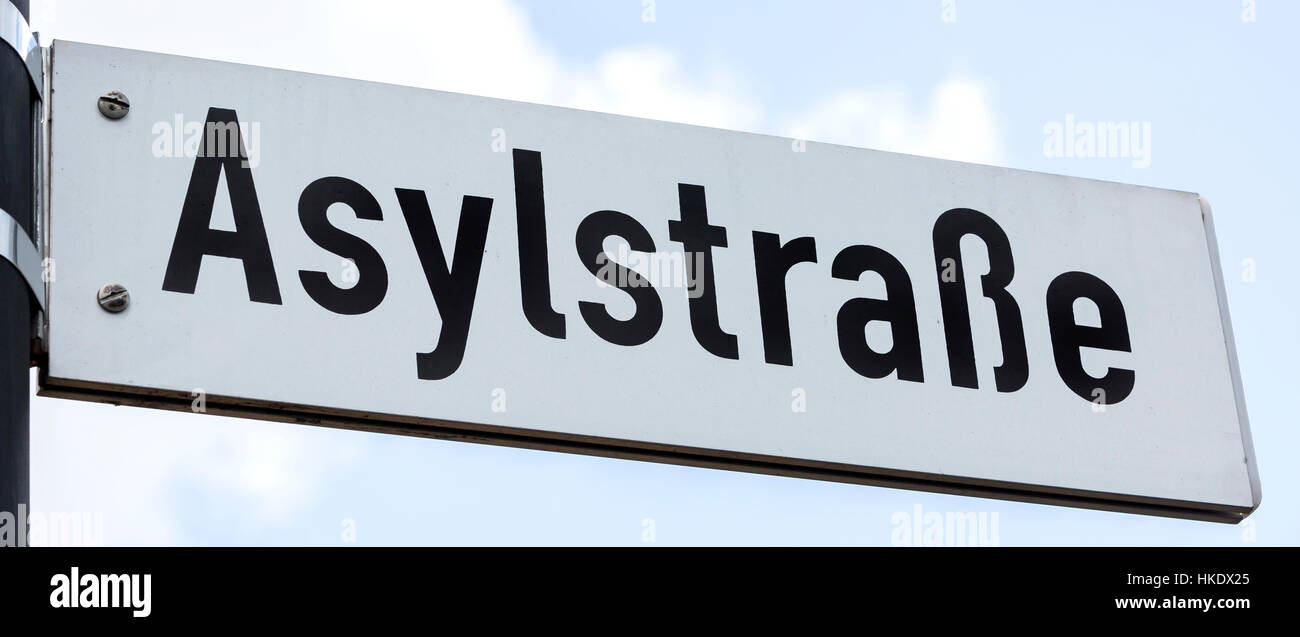 Street sign Asylum Street, Weiden, Bavaria, Germany - Stock Image