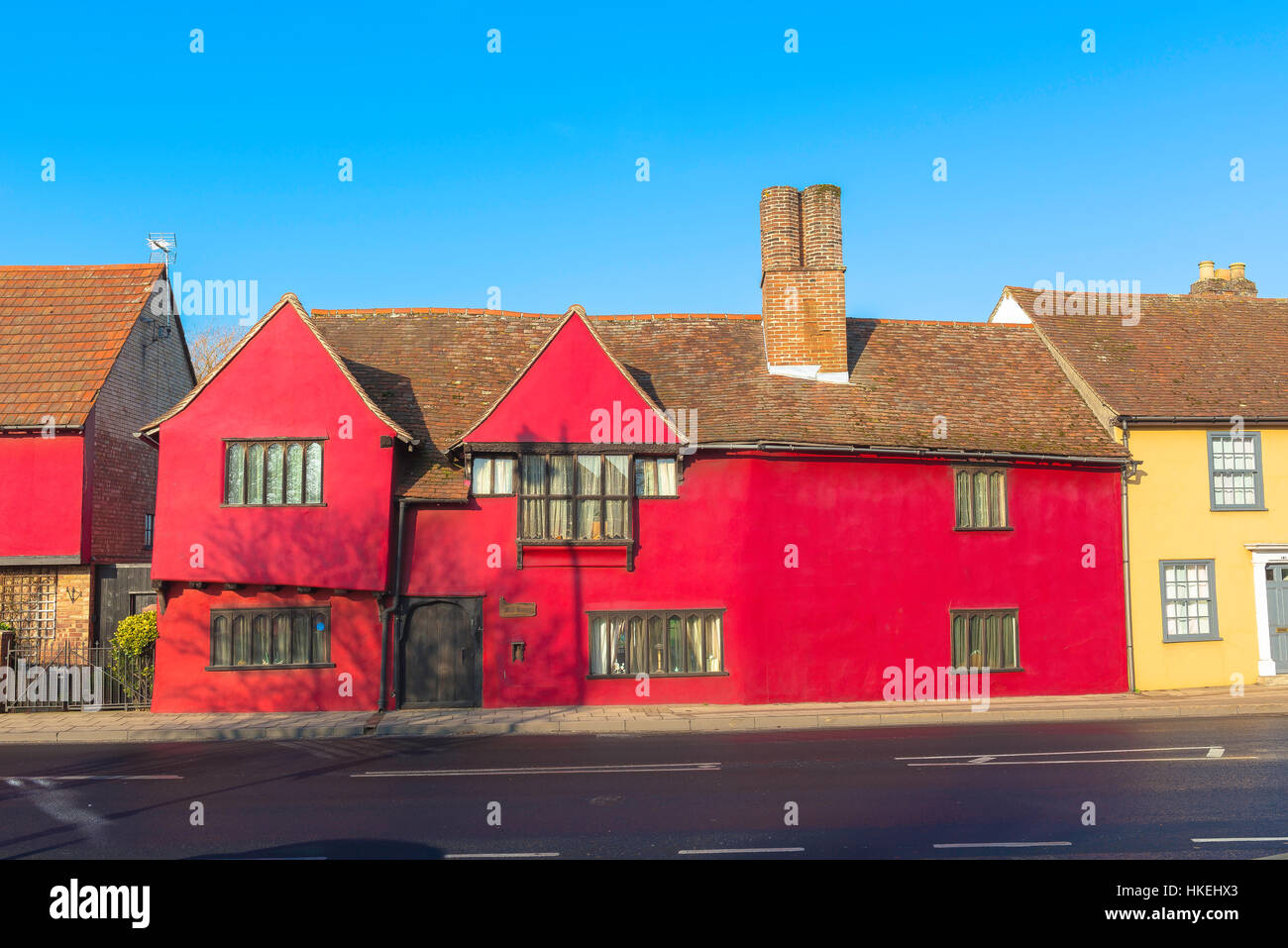 Red house Sudbury, a colourful medieval town house in Cross Street, Sudbury, Suffolk, UK - Stock Image