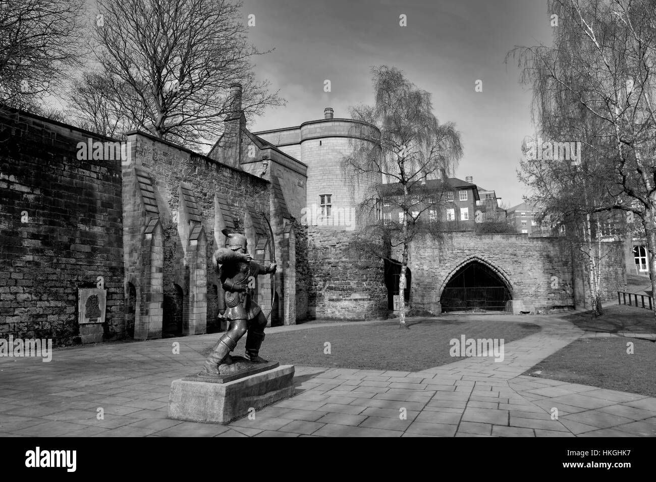 Statue of Robin Hood outside Nottingham Castle, Nottingham city centre, Nottinghamshire, England, UK - Stock Image