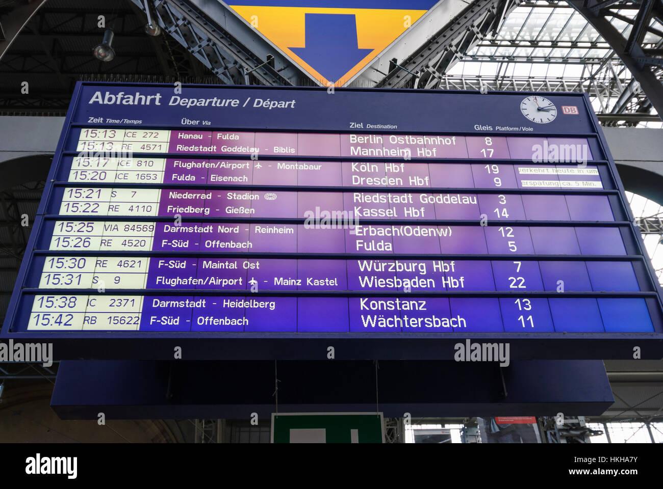 Frankfurt am Main: Signboard train departs main station, Hauptbahnhof, Hessen, Hesse, Germany - Stock Image
