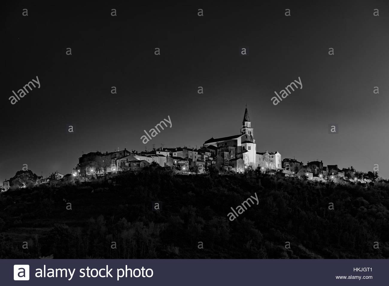 Old medieval city of Buje in Istria, Croatia - Stock Image