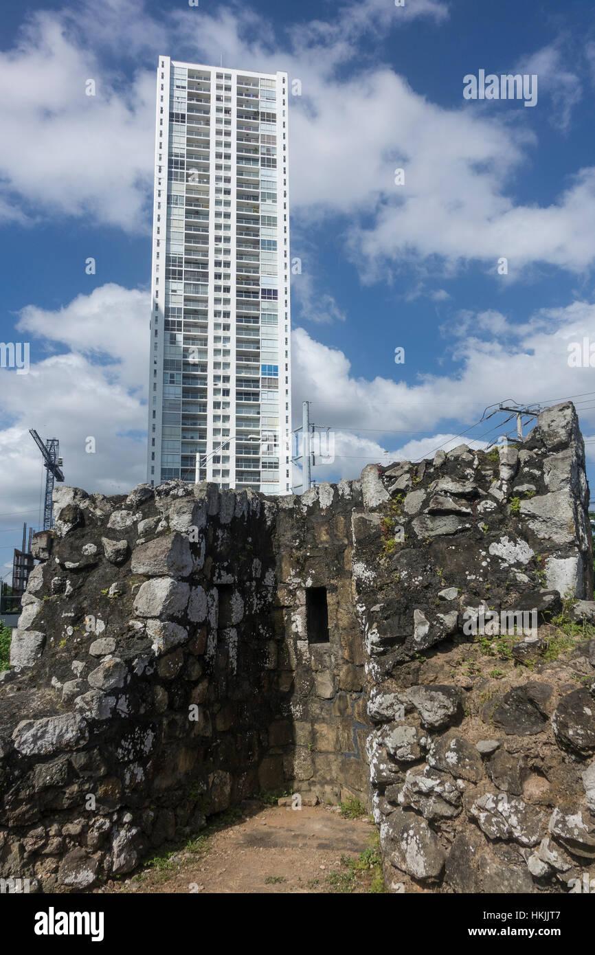 Panama, Panama Viejo, with modern city behind - Stock Image
