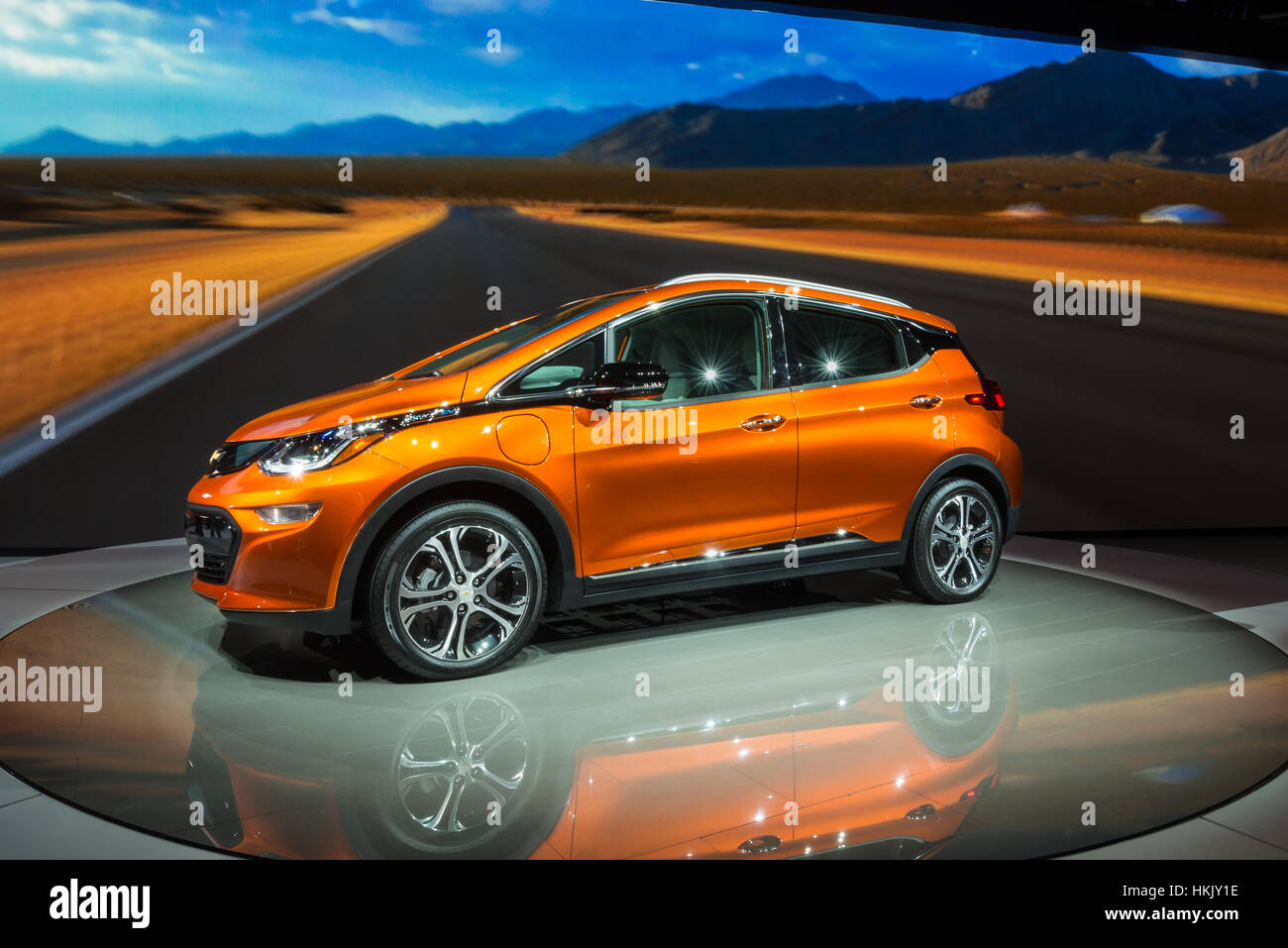 Detroit Mi Usa January 12 2016 A 2017 Chevrolet Bolt Ev Car At