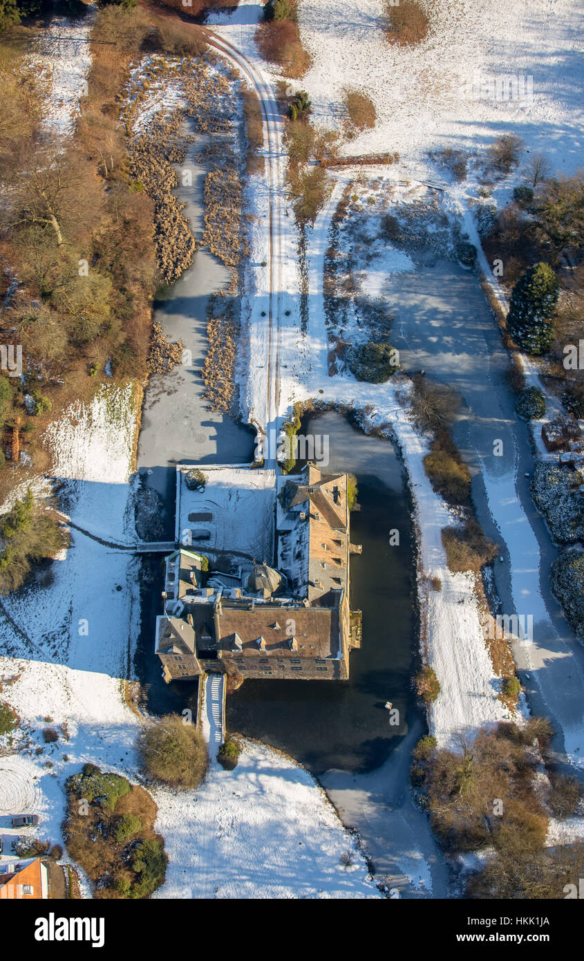 Castle Schloss Höllinghofen in winter, ice, winter light, Arnsberg, Neheim-Hüsten, Sauerland, North Rhine-Westphalia, Stock Photo