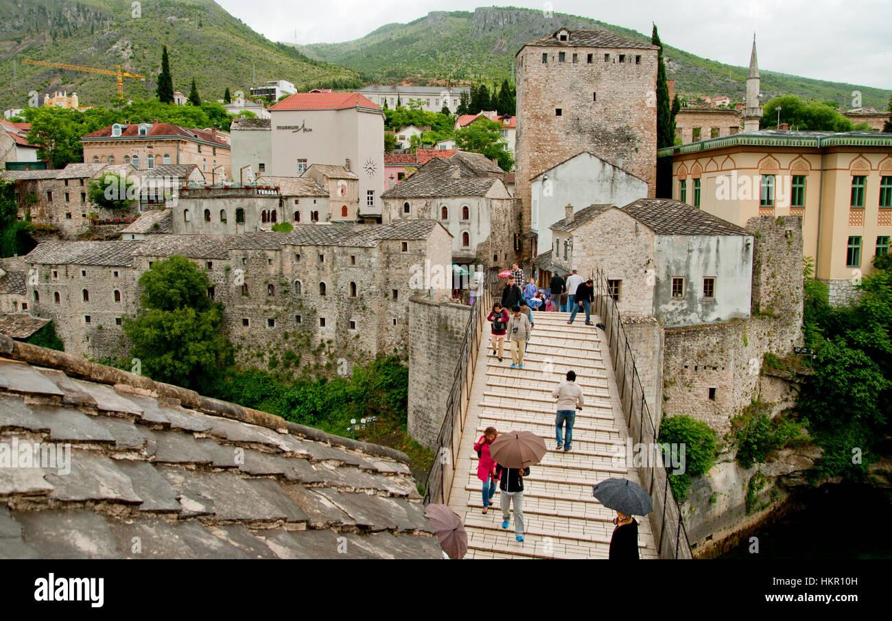 People on the old Bridge of Mostar, Bosnia and Herzegovina - Stock Image