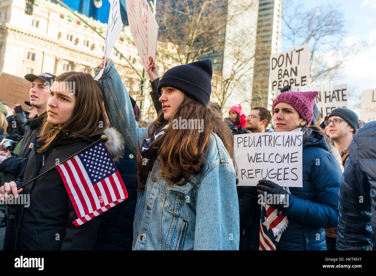 New York City, USA. 29th Jan, 2017. March & Rally: We Will End the Refugee & Muslim Ban. Thousands of New Yorkers Stock Photo