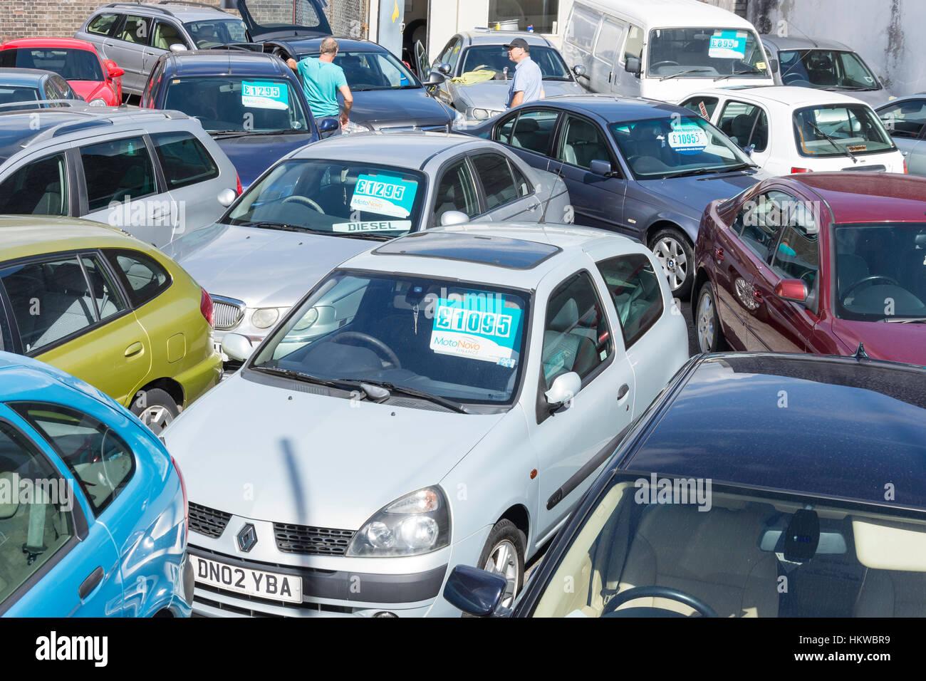 Small car dealers yard, Millbay Road, Plymouth, Devon, England, United Kingdom - Stock Image