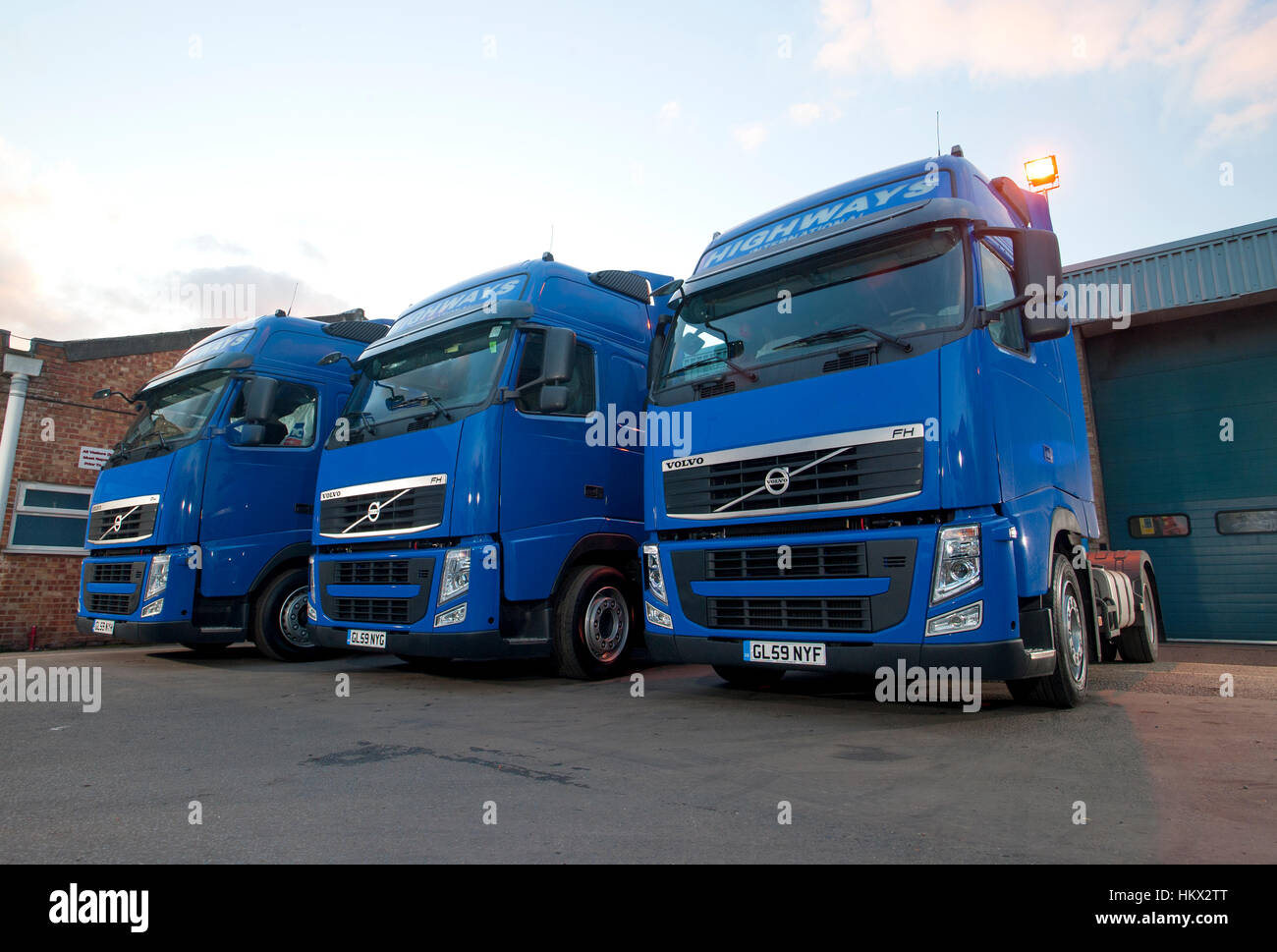 2009/2010 Volvo FH HGV truck tractor units - Stock Image