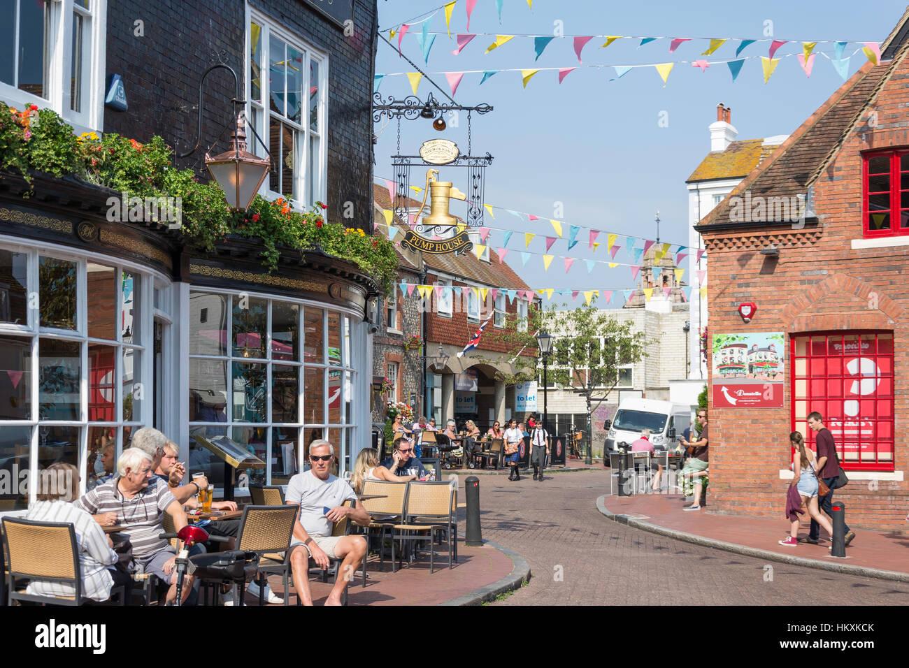 18th century Pump House Pub, Market Street, The Lanes, Brighton, East Sussex, England, United Kingdom - Stock Image