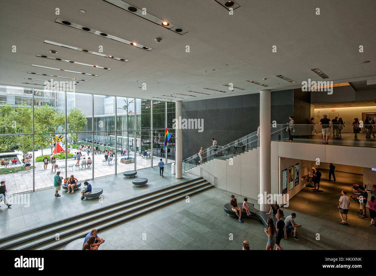 Museo Moma.Entrance And Courtyard Of The Museum Of Modern Art Moma West 53rd