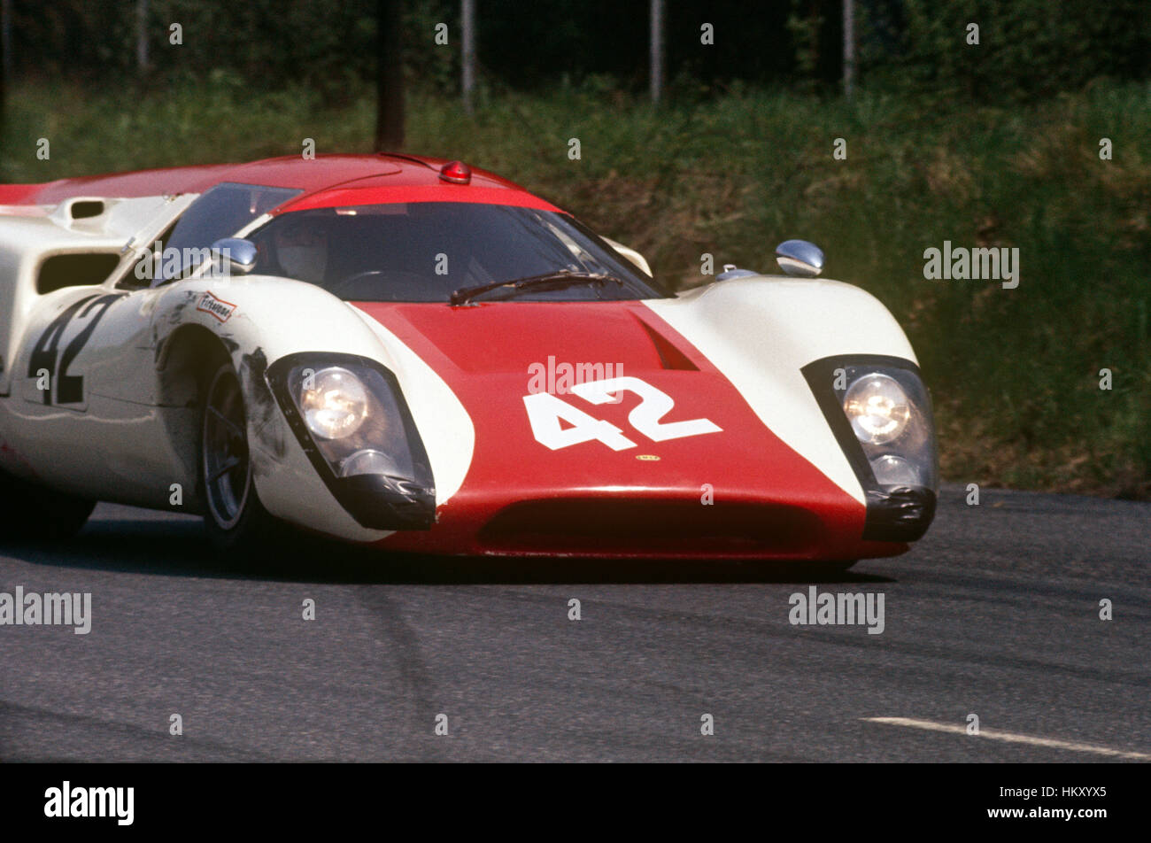 1969 Lola T70 sports car on track - Stock Image