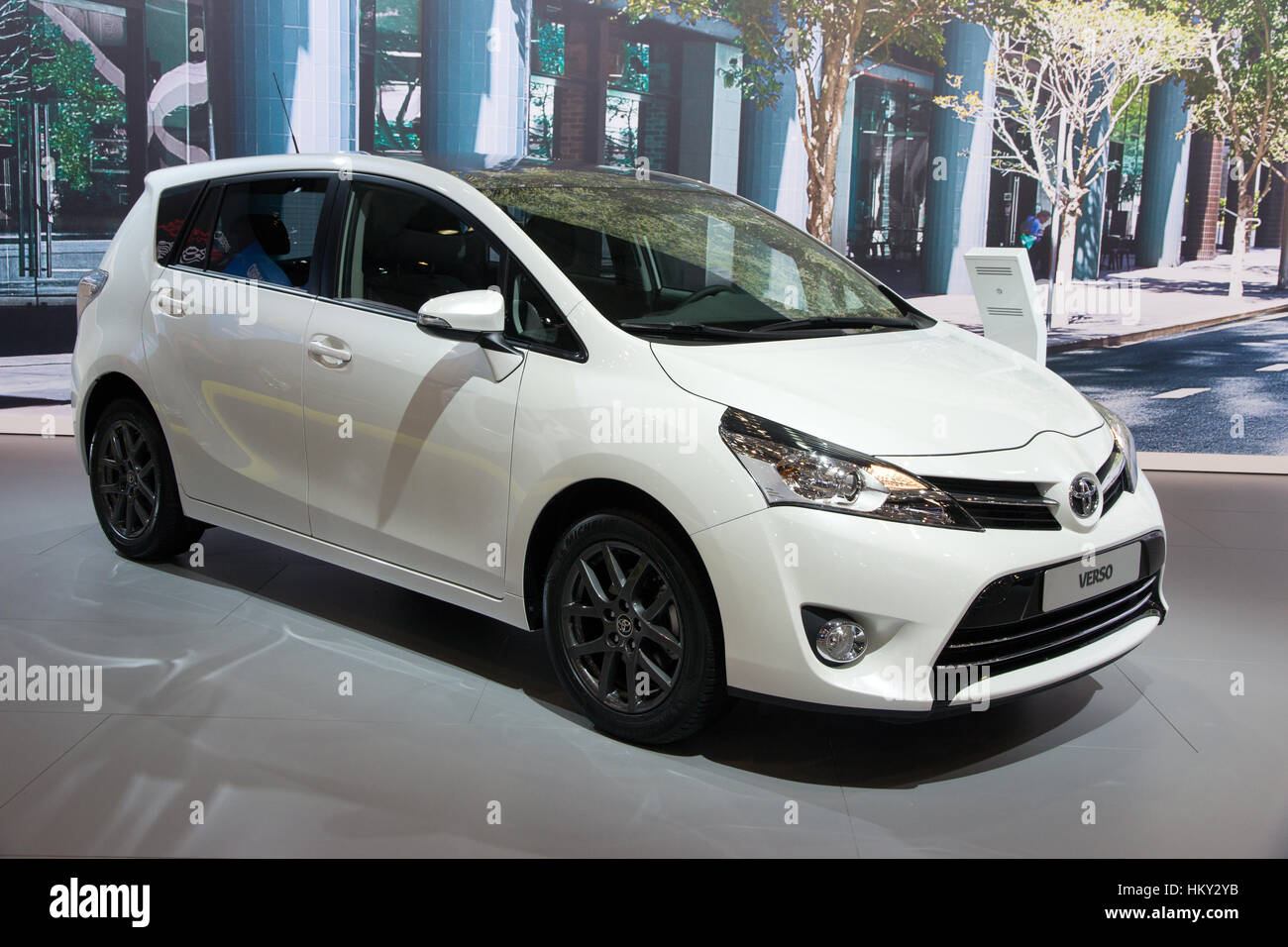 Toyota Verso Stock Photos Images Alamy 2015 Interior Brussels Jan 12 2016 On Display At The Motor Show