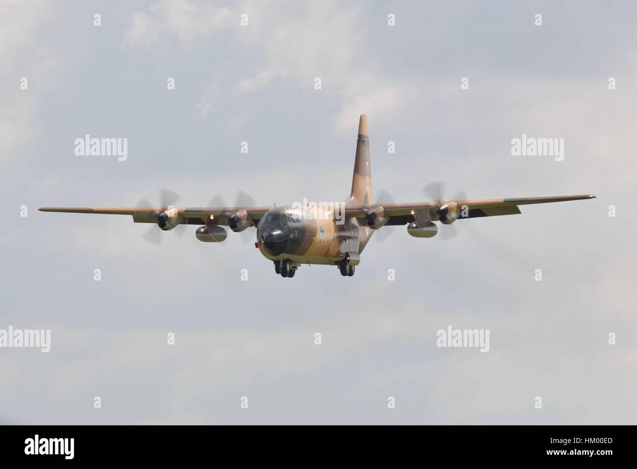Algerian Air Force C-130H Hercules landing at RAF Fairford - Stock Image