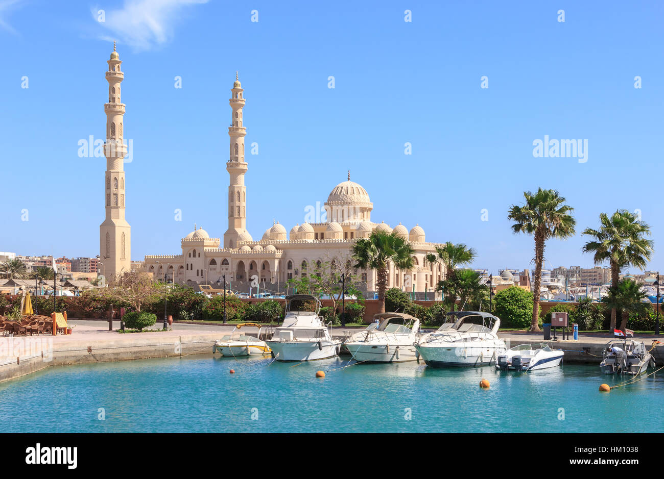 HURGHADA, EGYPT, APRIL 23, 2014: Mosque El Mina Masjid in Hurghada in sunny day, view from the sea. - Stock Image