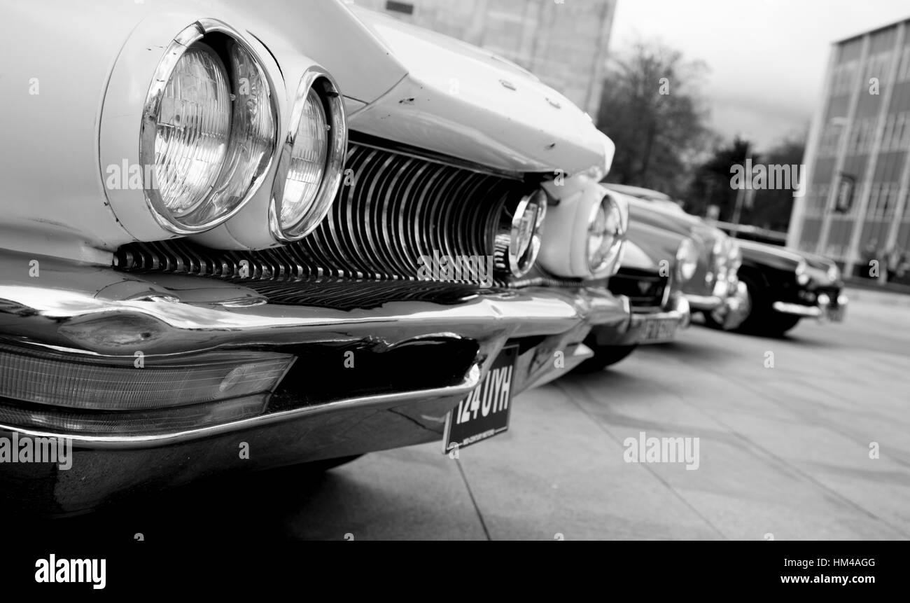 The Guildhalll holds host to the vintage fair, a chance for vintage car owners to show off their vehicles to the - Stock Image