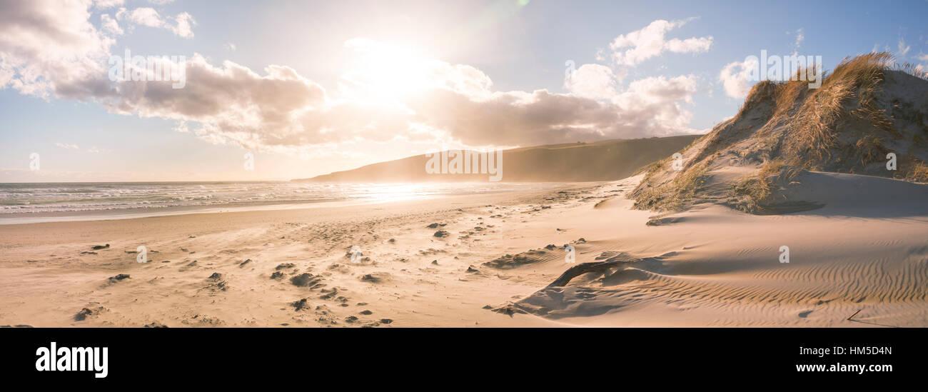 Sunset, Sandfly Bay, Dunedin, Otago Peninsula, Southland, New Zealand - Stock Image