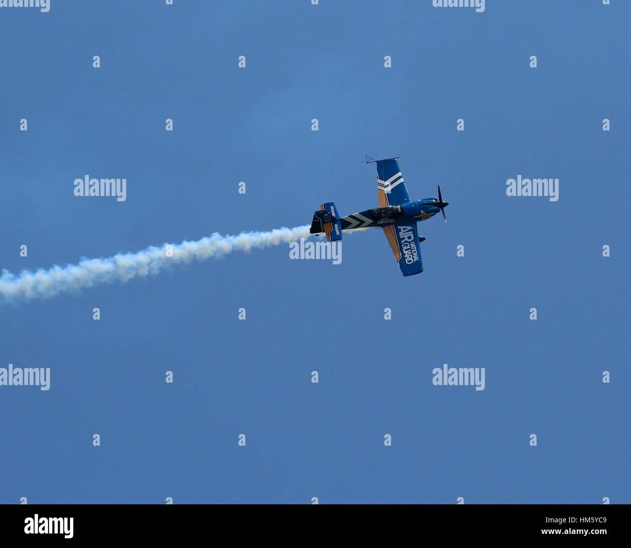 Air National Guard MXS making smoke - Stock Image