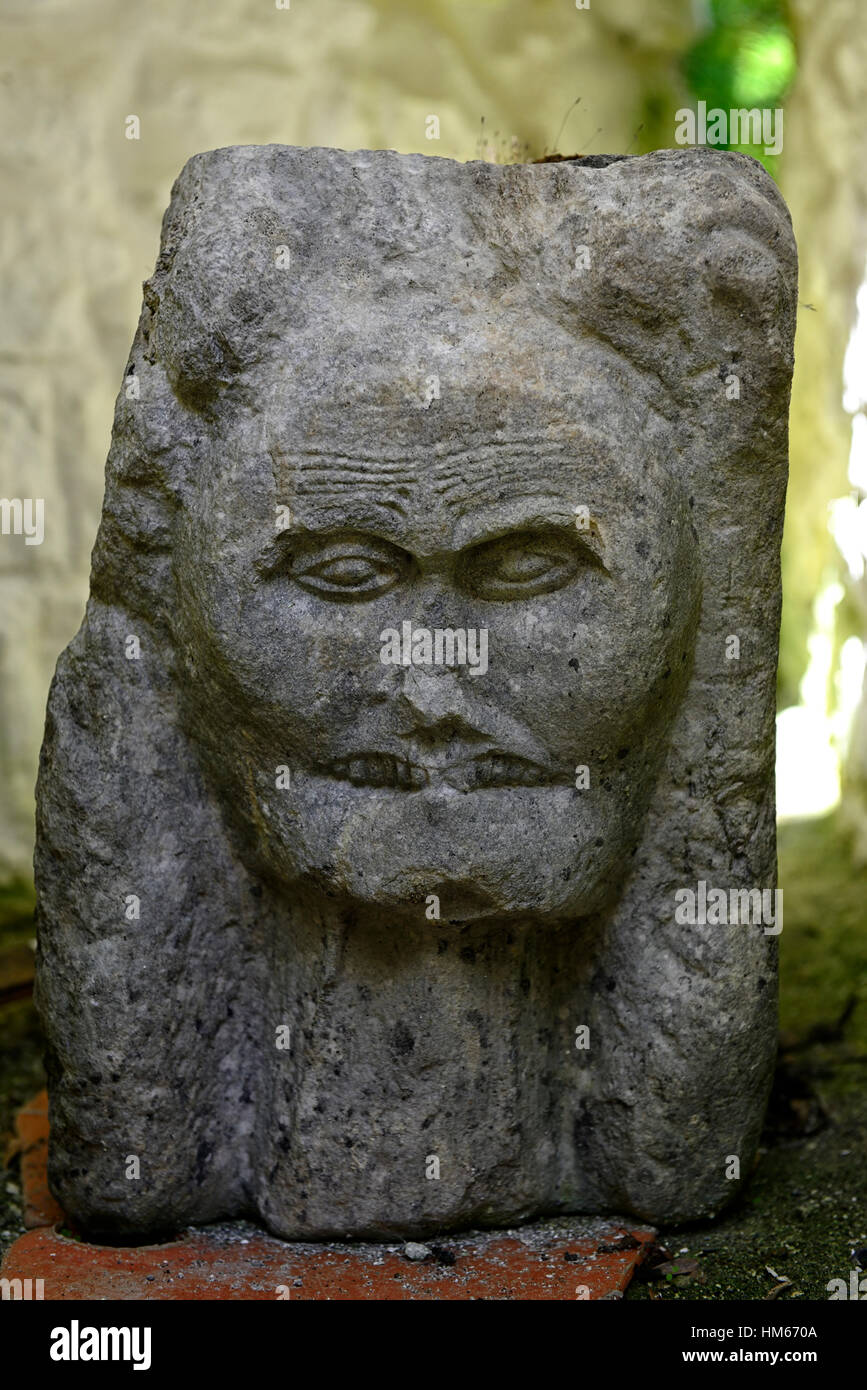 matriarchal stone carving sculpture anguish scream cregan castle towerhouse ballyvaughan clare burren restored  - Stock Image