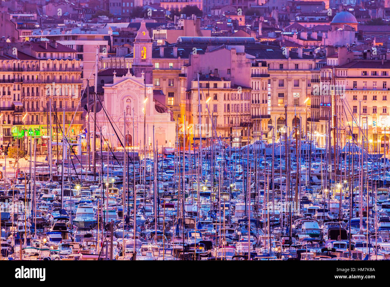 France, Provence-Alpes-Cote d'Azur, Marseille, Cityscape with Vieux port - Old Port at sunset - Stock Image