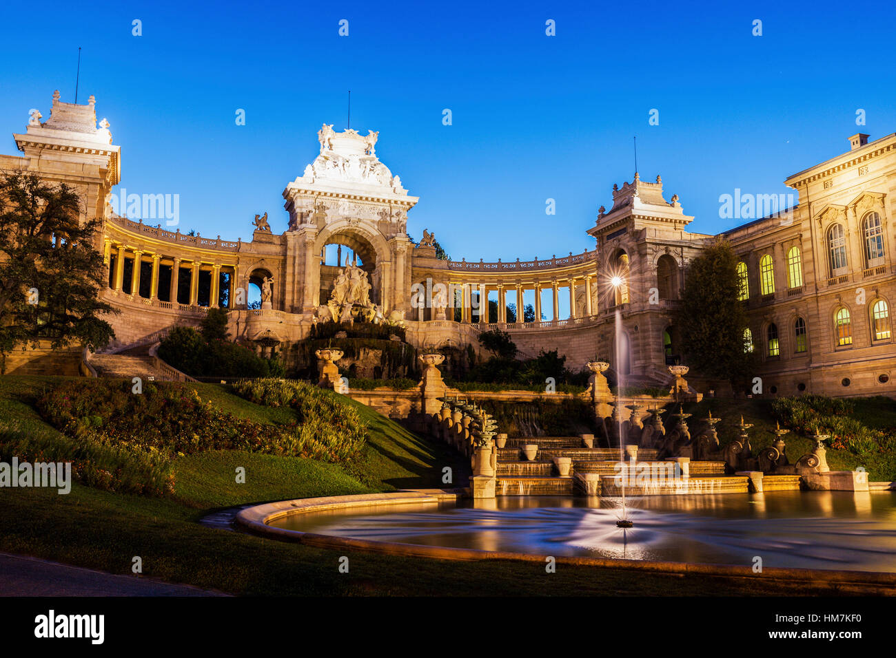 France, Provence-Alpes-Cote d'Azur, Marseille, Palais Longchamp Monument with adjoining fountain - Stock Image