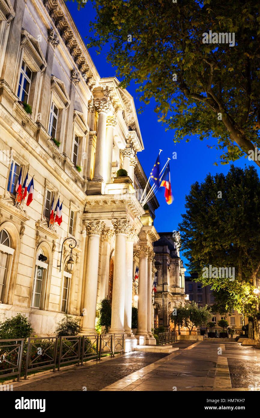 France, Provence-Alpes-Cote d'Azur, Avignon, Street at night - Stock Image