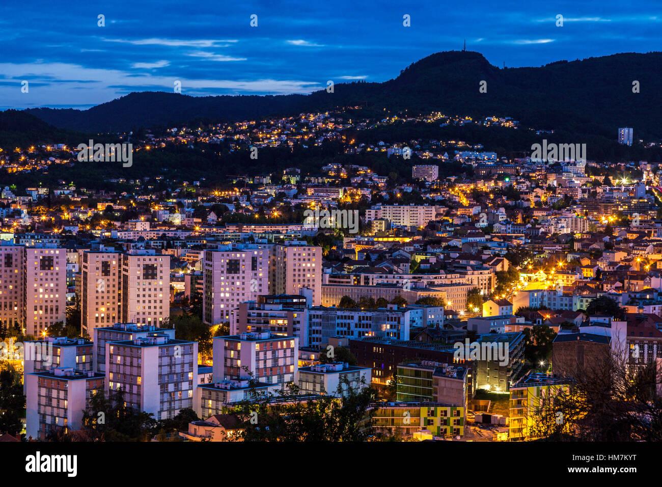 France, Auvergne-Rhone-Alpes, Clermont-Ferrand, Cityscape at dusk - Stock Image