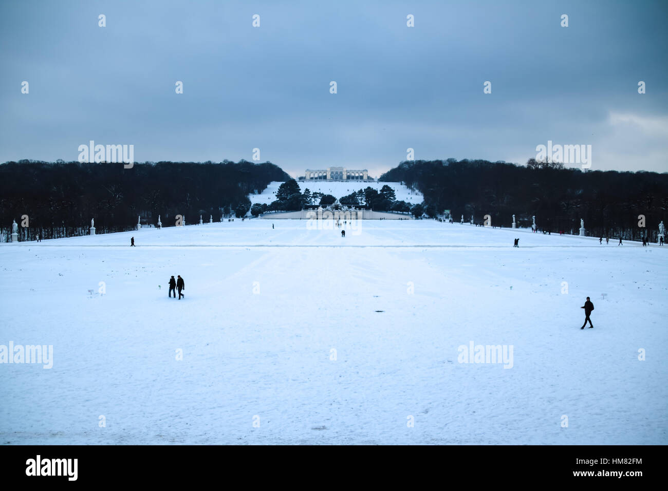 Winter Mood at Park and Palace Schönbrunn in Vienna - Stock Image