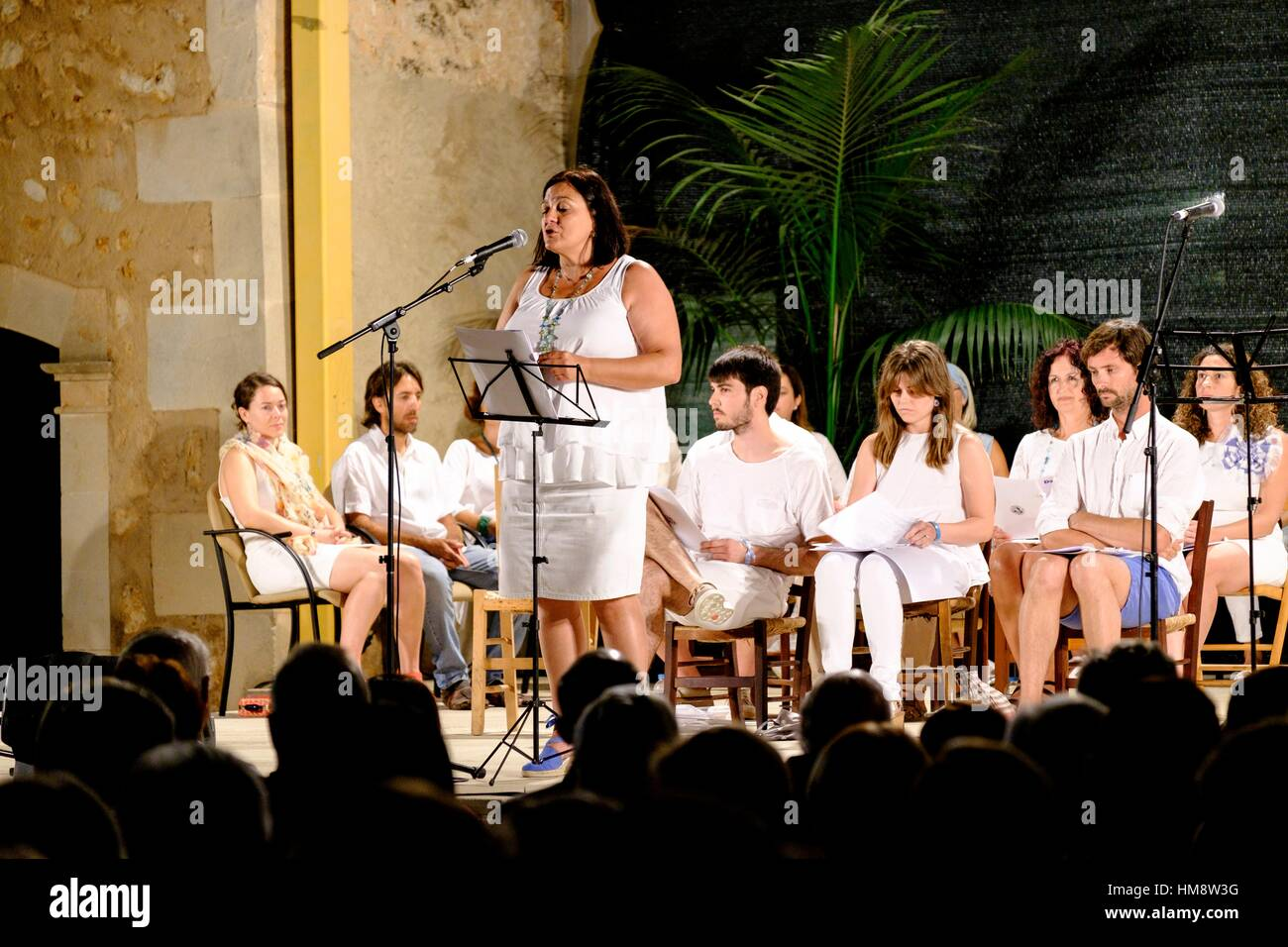 recital de poesia en homenaje al poeta Damià Huguet ,plaza de Can Pere Ignasi , CamposMajorca, Balearic - Stock Image