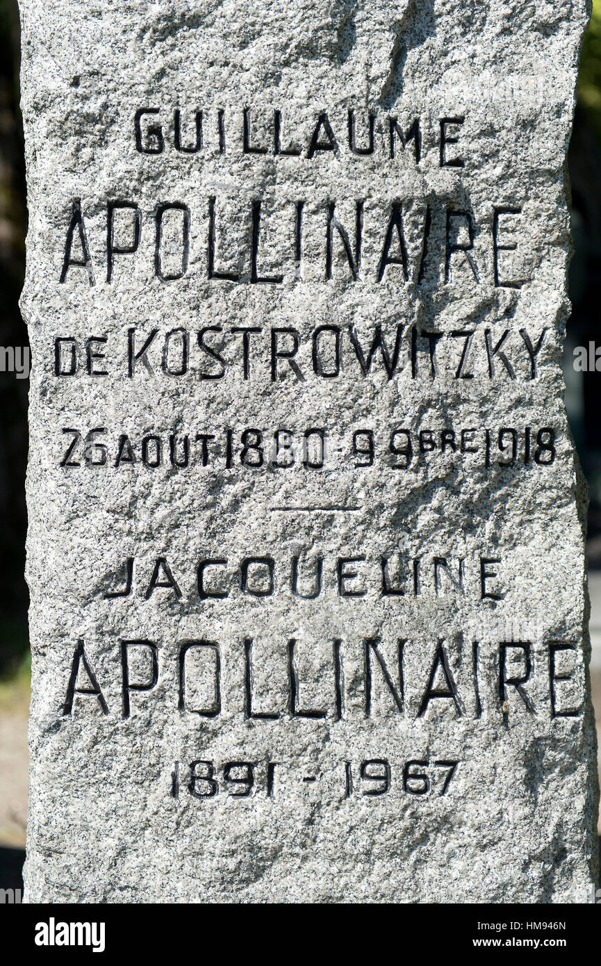 France, Paris 20th district. Pere Lachaise cemetery. The poet Guillaume Apollinaire's menhir grave (1880-1918) imagined Stock Photo