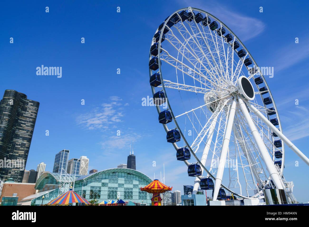 The ferris wheel on Navy Pier, Chicago, Illinois, United States of America, North America - Stock Image