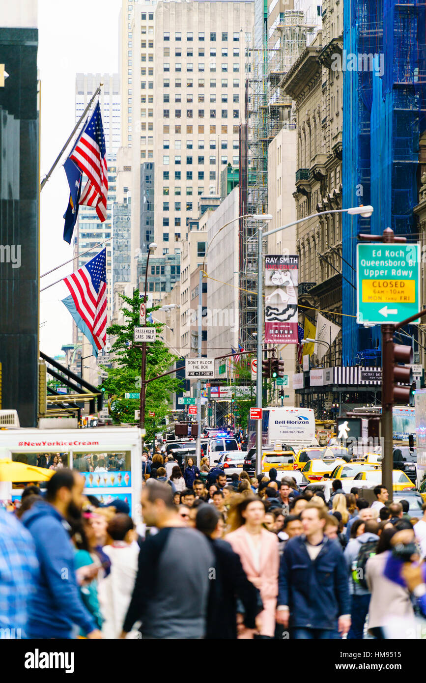 Crowds of shoppers on 5th Avenue, Manhattan, New York City, United States of America, North America - Stock Image