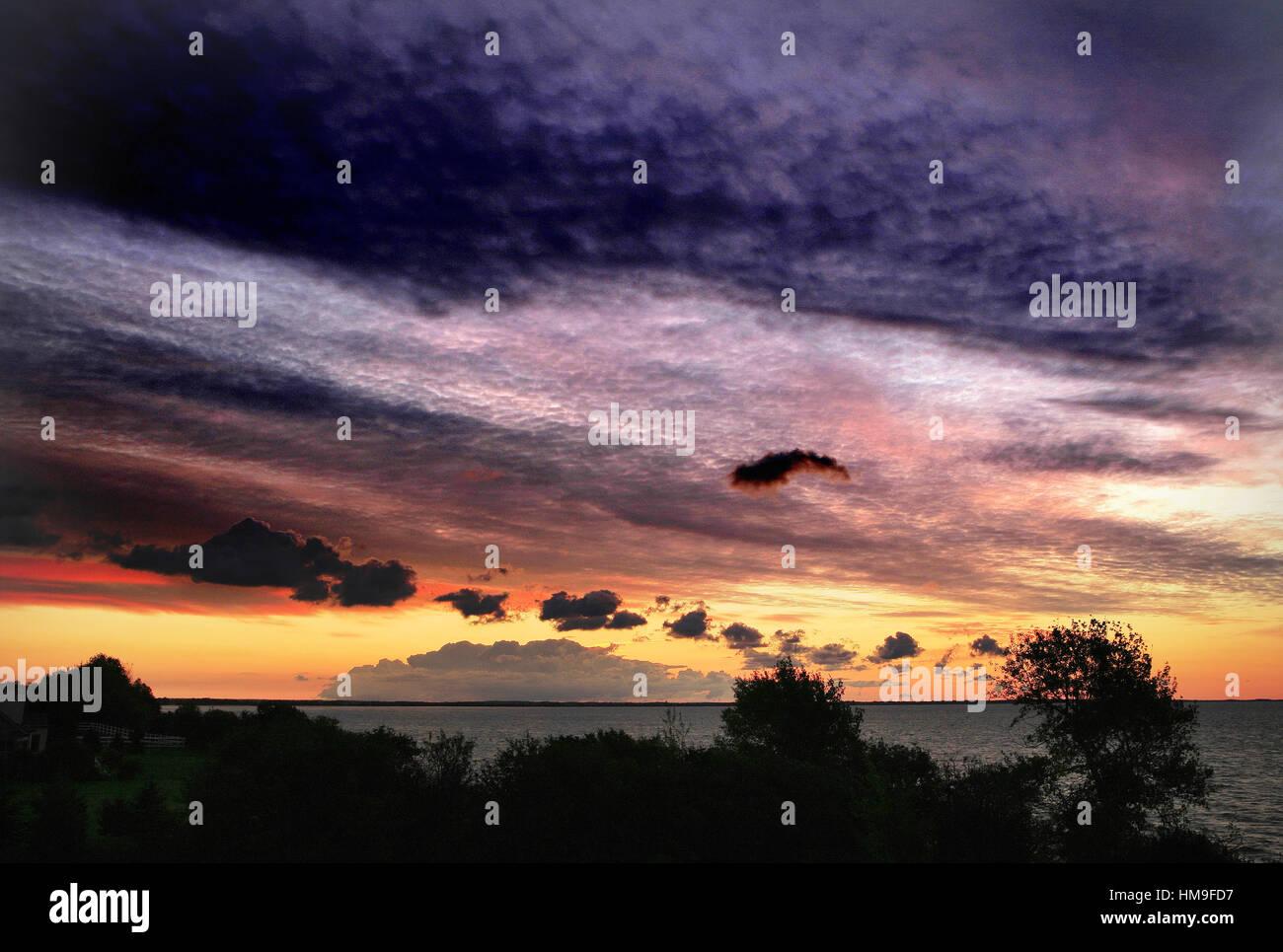 Sunrise over Lake Ontario - Stock Image
