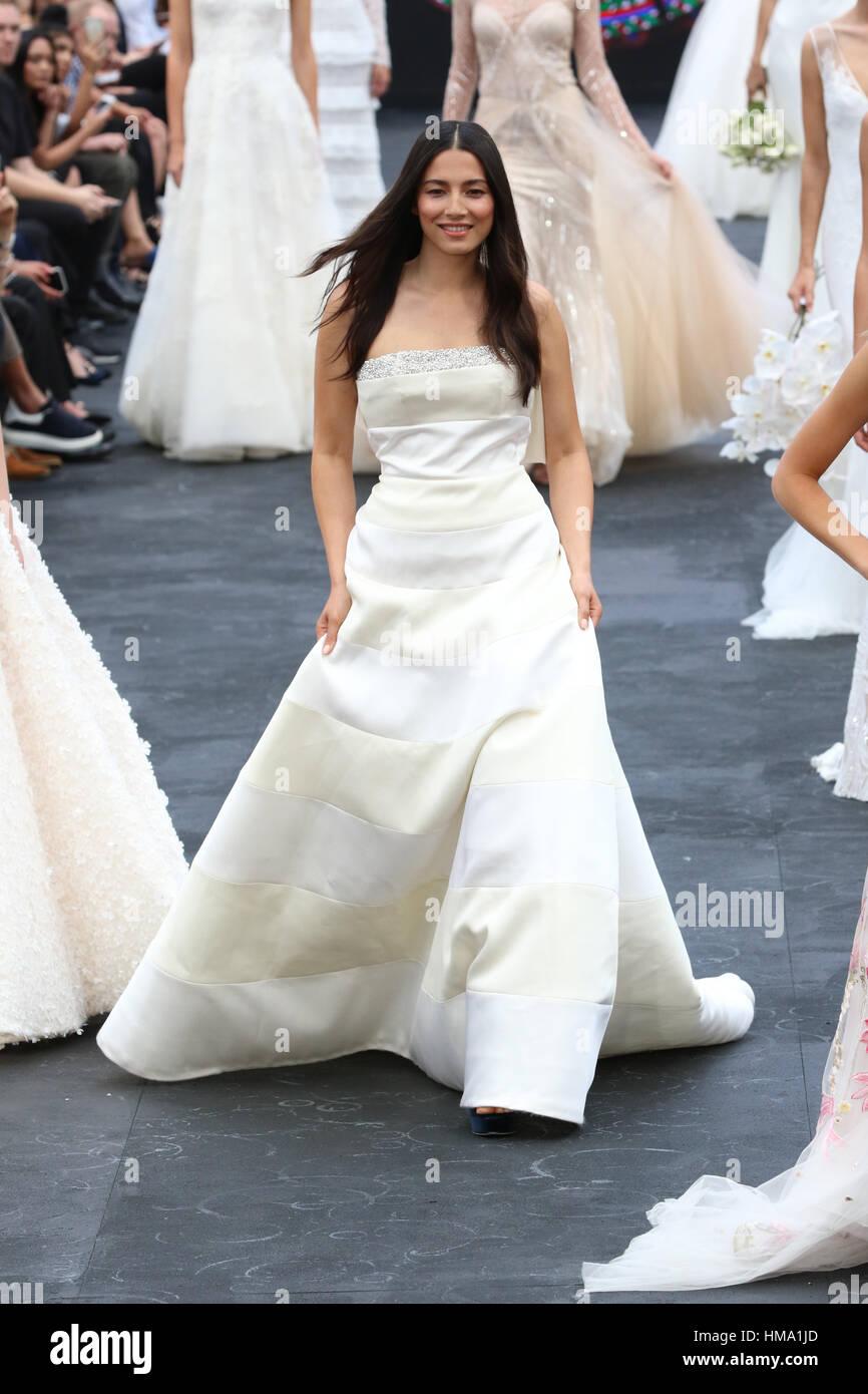 Wedding Dress Fashions Stock Photos & Wedding Dress Fashions Stock ...